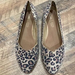 Tom's Julie Style leopard print ballet flats
